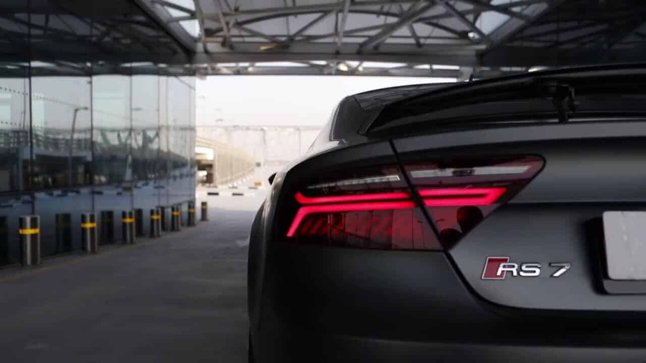 Armada-Racing-Location-Audi-RS7-arriere