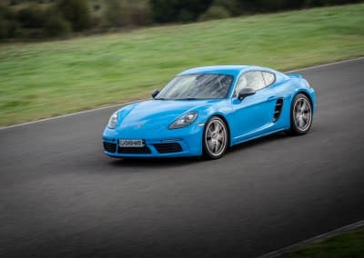 Armada Racing Porsche 718 Cayman S bleu en covering